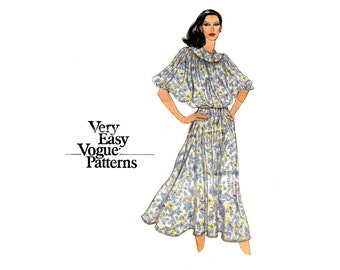 1970s Easy Sew Pullover Dress Pattern Dolman Sleeve Blouson Loose Fitting Dress Very Easy Vogue 7128 Bust 31 Vintage Sewing Pattern