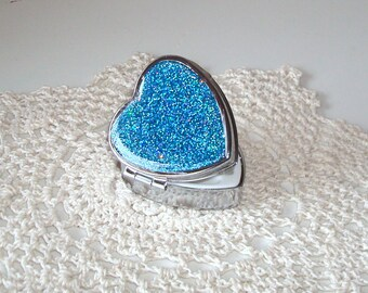 Valentine's Day Gift - Heart Shaped HOLOGRAPHIC Glitter Pill Tin - Bling Pill Box - Sparkly Pill Container - Silver Tone Case - 016