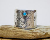 Silver RIng with Turquoise Accent Size 7