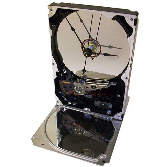 Horloge disque dur accentu s avec brillant base et for Disque en miroir