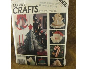 McCall's Traditional Christmas Decorations Crafts Sewing Pattern #2688 – Vintage Sewing & Crafts