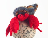 Hermit crab, waldorf toy, all natural toy, ecofriendly toy, sea creature, small stuffed animal, toy fish
