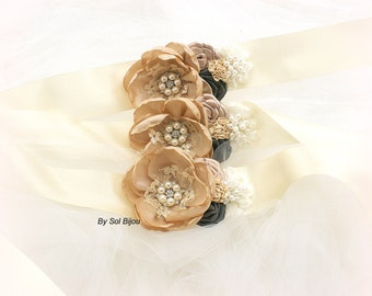 Wrist Corsages, Ivory, Champagne, Grey, Tan, Charcoal, Bridesmaids, Mother of the Bride, Lace, Crystals, Pearls, Vintage, Elegant