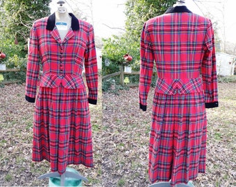 Sale 30% OFF Lanz Originals Dress, 80s Dress, Plaid Dress, Vintage Dress, Peplum Dress, Flannel Dress with Black Velvet Collar Size 8