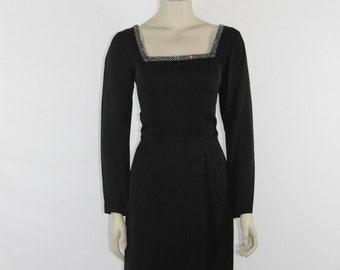 CEIL CHAPMAN - 1950s Vintage Party Dress - Perfect LBD -  Black Silk Couture Party Dress - 38 / 28 / 38