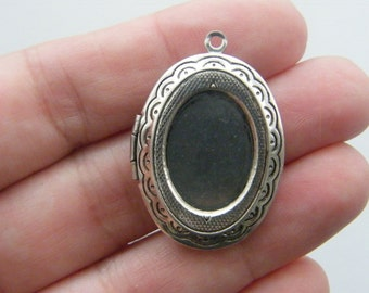 1 Locket pendant antique silver tone