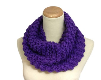 Knit Scarf, Purple Cowl, Bulky Cowl Outlander Inspired, Cowl Hand Knit Scarf Neck Warmer, Circle Scarf, Fashion, Knit Cowl