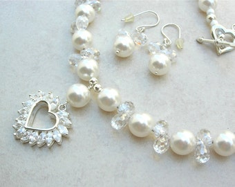 EXQUISITE Diamond-Look CZ Heart Pendant, Swarovski Pearls & CZ Beads, Wedding Necklace, Necklace Set by SandraDesigns