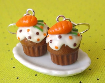 Carrot cupcake earrings