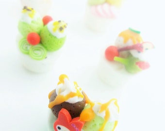 Miniature Polymer Clay Foods Supply Bakery Beads for Dollhouse and Handmade Jewelry 5 pcs