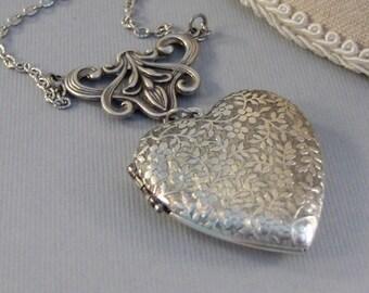 Vintage Heart,Heart Locket,Heart Necklace,Locket,Floral Locket,ilver Locket,Silver Flower,Flower Locket,Bouquet,Necklace Valleygirldesigns.