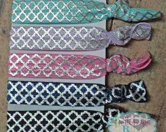 5 Elastic Hair Ties - Quatrefoil Design - No Tug FOE Elastic