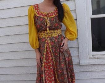 Hippie Gypsy Peasant Dress Vintage 70s Jody T Boho Floral Print S