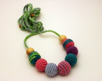 Teal Pink Contrast Nursing Necklace / Teething Necklace Made in Israel by Casa De Gato