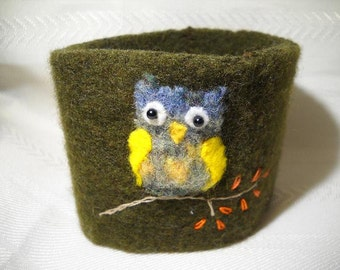 Felted wool Green Owl Cup Cozy