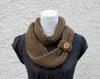 knit scarf with button, dark green/brown scarf, loop scarf knitted, gift for her, scarves uk, infinity loop scarf, chunky circle scarf