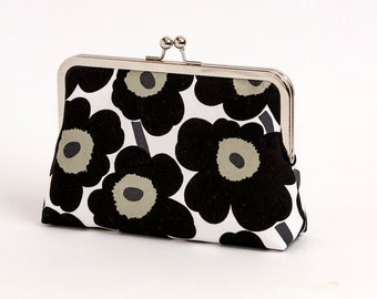 Black, Marimekko poppy print silk lined floral clutch, Scandinavian fabric, Bag Noir, Bridesmaid clutch, Weddings bride formal clutch purse
