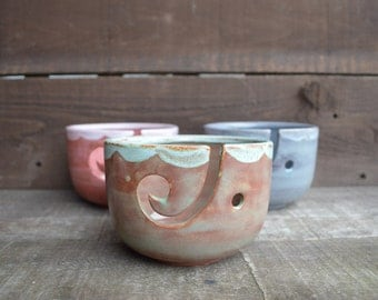 Earth Tone Ceramic Yarn Bowl - Rustic Spring Green - Flowing Scalloped Rim