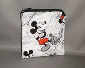 Mickey Mouse Coin Purse - Gift Card Holder - Card Case -Small Padded Zippered Pouch - Mini Wallet
