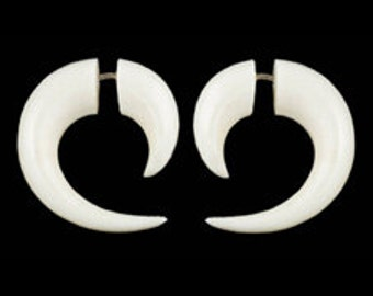 Fake Gauges, Fake Plugs, Handmade Bone Earrings, Tribal Style - Small Curved Tail