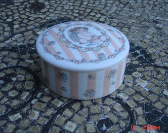 Vintage Porcelain Collectible Dreamsicles  Keepsake Trinket Box - Rare