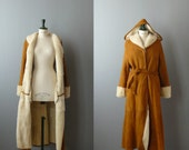 Vintage sheepskin maxi coat. shearling coat. Princesse coat. Fur maxi coat