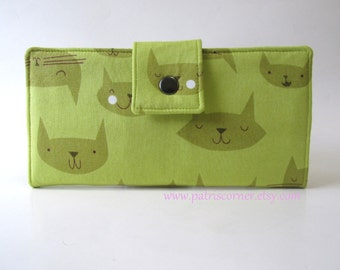 CLEARANCE - Handmade wallet - Lovely green cat - cute cat faces - Id clear pocket - ready to ship - gift ideas for her