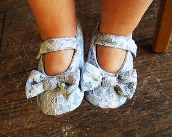 Baby shoes, newborn toddler girls, chambray fabric, white lace baby shoes, girls white shoes, Velcro strap - Chambray Lace