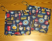 Mod Kitchen Set of 2 Potholders