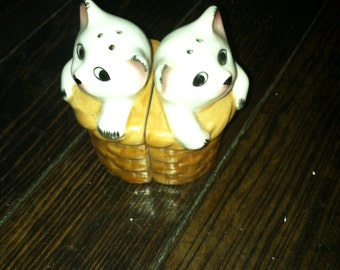 Vintage salt and pepper shakers kittens in a basket