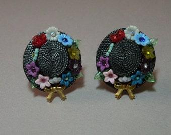 Hat & Flowers Earings