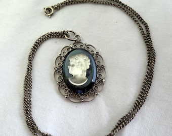 Etched Frosted Glass Cameo Necklace with Silver Plated Chain Apparel & Accessories Jewelry Vintage Jewelry Necklace Cameo
