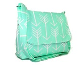 Mint Green Purse, Women's Messenger Bag, Arrow Bag, Handmade Crossbody Bag, Shoulder Bag, Fabric Purse, Cross Body Bag, Green Pocketbook