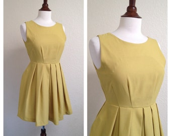 Vintage chartreuse yellow day dress size S 1950s 1960s