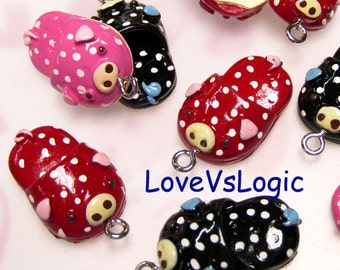 "5 ""Piggy Slipper"" Plastic Charms. Mix Colors. Cute"