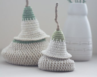 The Pod Family Baskets in creamy white - set of two baskets