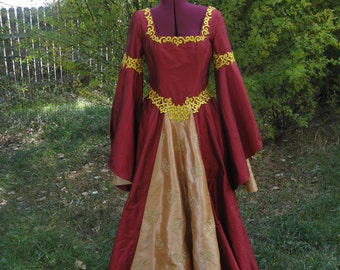 Medieval Renaissance Reenactment Fantasy Bliaut Gown-Custom Made for You