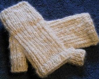 Icelandic Yarn Fingerless Mitts