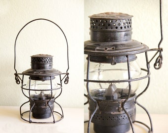 Antique Adams Westlake Adlake Kero 250 Lantern, Railroad Lantern , Item No 123113