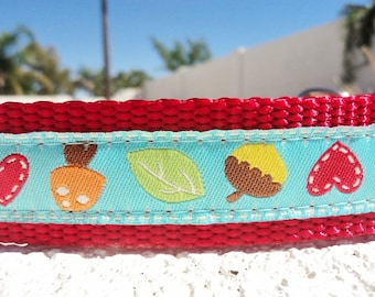 """Sale Dog Collar Hearts & Acorns 1"""" wide adjustable side release buckle / see 3/4"""" width link /Martingale style is cost upgrade"""