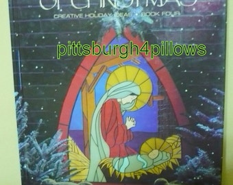 Leisure Arts - The Sprit Of Christmas - Book 5 - EUC - Over 80 Projects