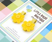 Itty Bitty Baby and Toddler Hair Clip/Bow Yellow Flower with Button