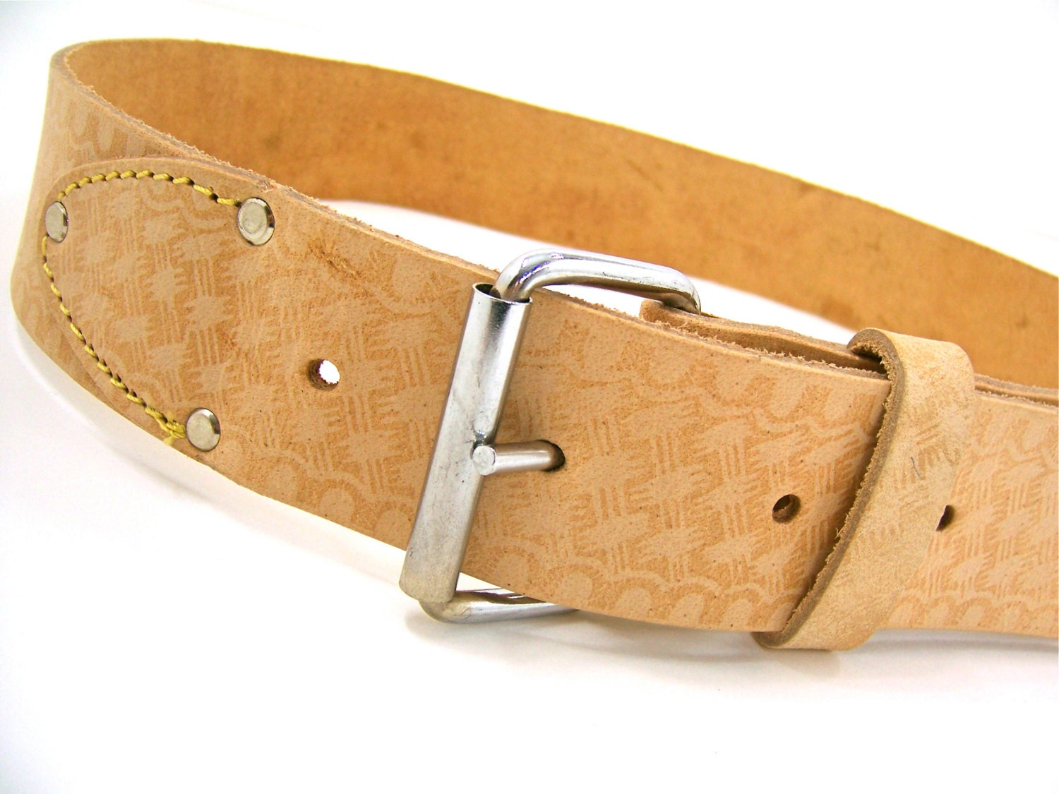 leather belt silver buckle rivets light brown