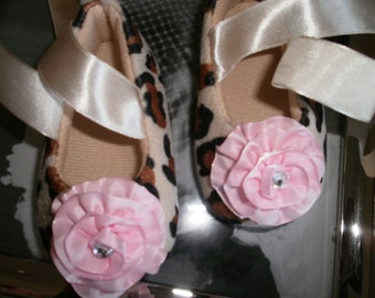 Baby Girl Shoes, Crib Shoes, Leopard Shoes Photo Prop, Trendy Shower Gift, Kids, Pink, Infant, Newborn, Mary Janes Shoes, Flower/Rhinestone