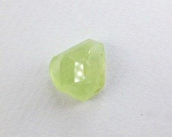 Garnet. Grossularite Garnet. Natural. Lemon / Lime. TaVERNIER Cut. Geometric. 1pc. 7.53 cts. 10x13x7.5mm (GA827)