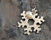 Silver Snowflake Necklace, Winter Necklace, Sterling Silver, Snow, Christmas, Nature, White Glass Pearl