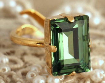 Erinite green Crystal Ring, Emerald Cut Swarovski Ring, Rhinestone Square Gold Ring, Gift for woman, Wedding jewelry, Trending jewelry