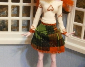Holiday top and skirt set for Monster dolls