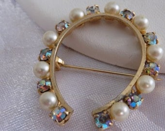 Vintage brooch, pearl and AB crystal lucky horseshoe retro brooch, vintage jewelry