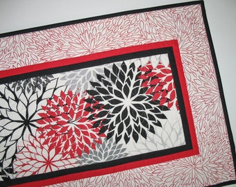 Floral Table Runner, Dahlias in red, black and gray, quilted, fabric from P & B Textiles